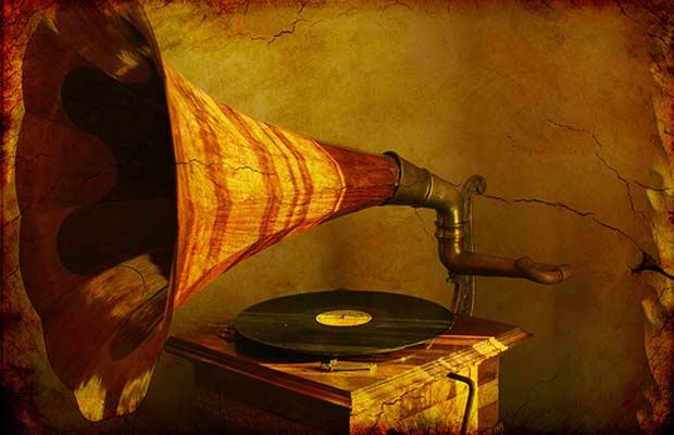 gramphone2